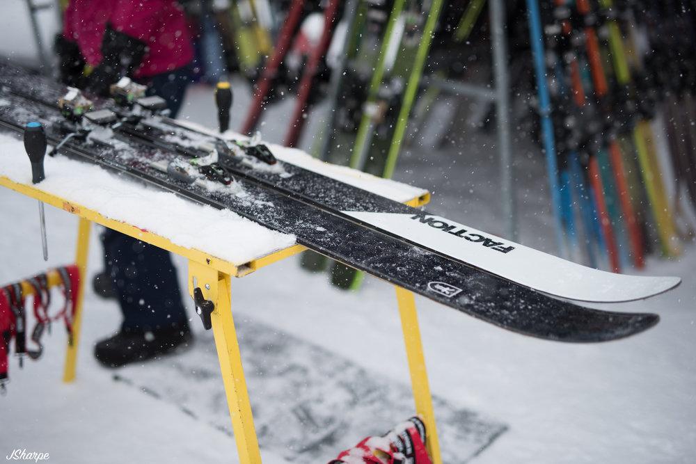 Kundalini Ski Test-5.jpg