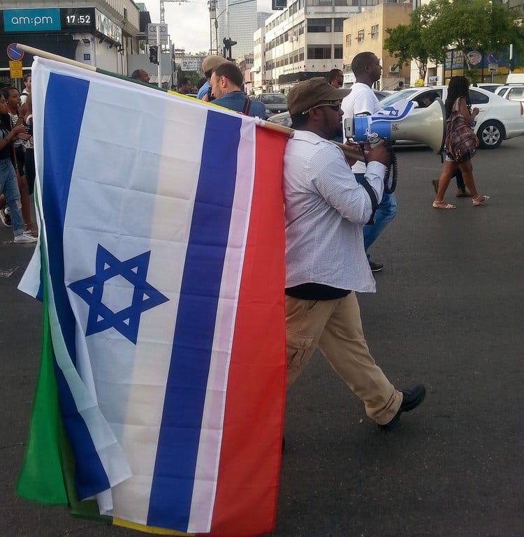 Ethiopian Israelis protesting police brutality in Tel Aviv, May 3rd, 2015 |  LILACH DANIEL