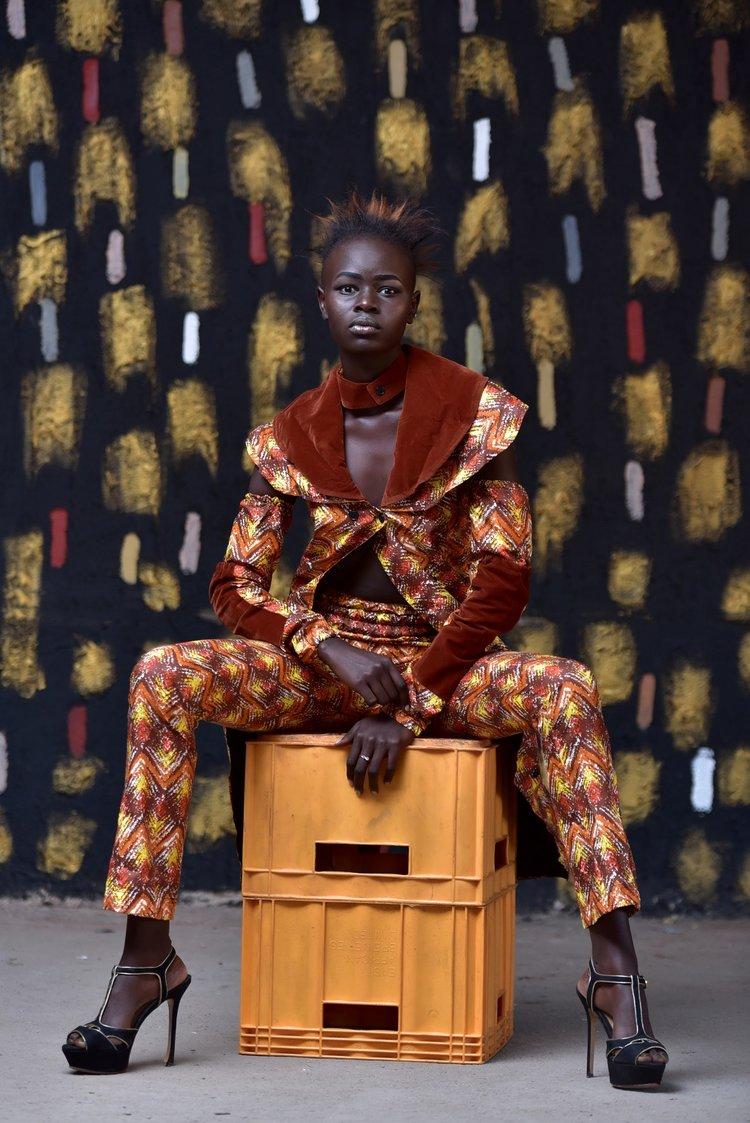 A young woman poses for Ugandan photographer Dazzle Jam |  PEXELS - DAZZLE JAM