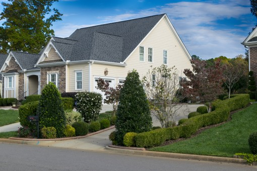 house_driveway_lawn_estate_home_property_residential_front-643061.jpg