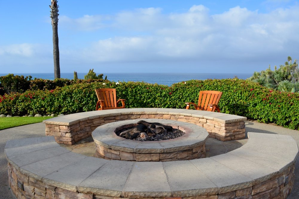 fire_pit_lonely_relaxation-621317.jpg