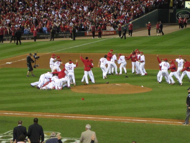 World_Series_2011_Cardinals_Victory_Pile.jpg