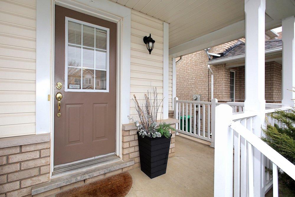 23574_front_porch__entrance_3_3_20181105233901.jpg