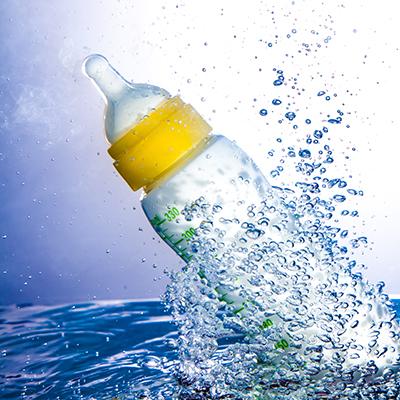flesje in water-1klein.jpg