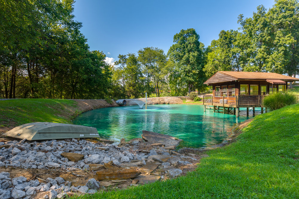 DOMOPHOTOS Premium HDR Real Estate Photography, Nashville, Tennessee - Private Swimming Pond