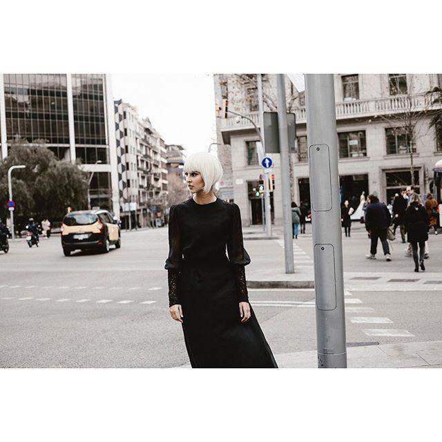 #street #fashion #editorial #woman #fashion #storie #portrait #model #picoftheday Photo @dolor.de.muelas @laulozmua