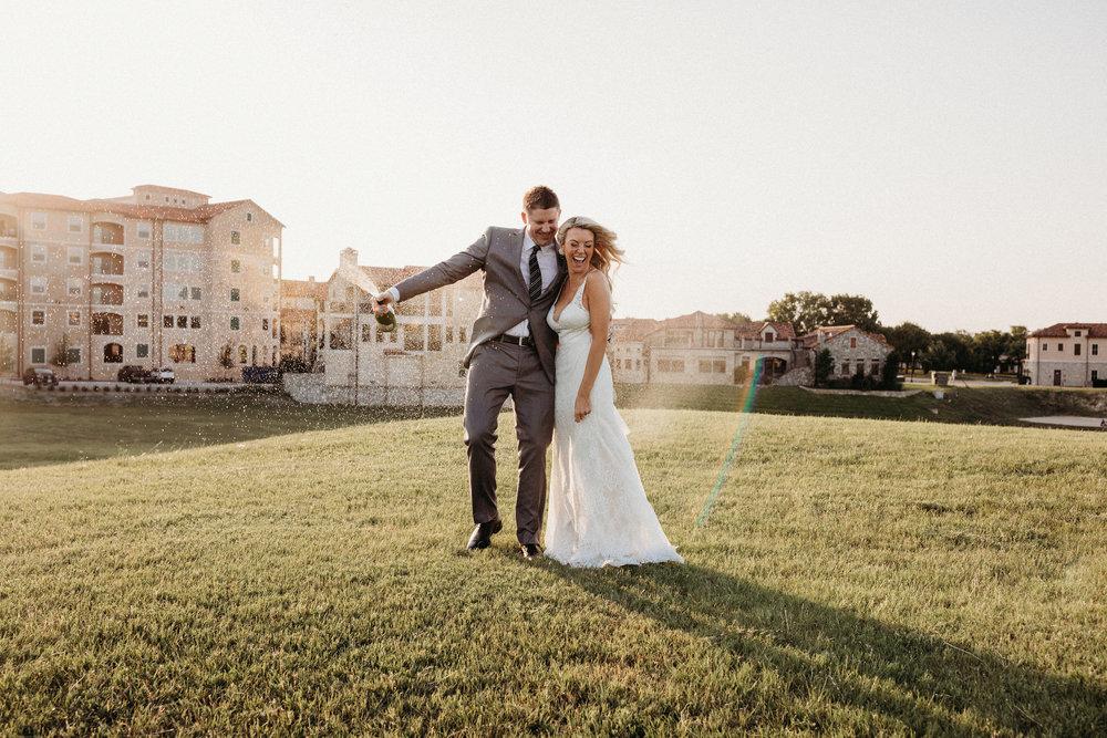 BrittanyGilbertPhotography-Wedding-McKinneyTexas-0960SM.jpg