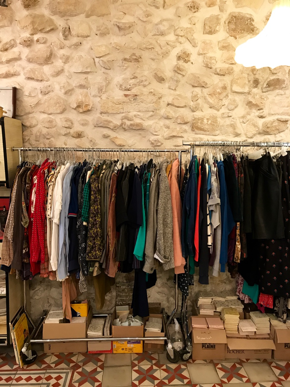 joli-rouge-marseille-clothes-vintage