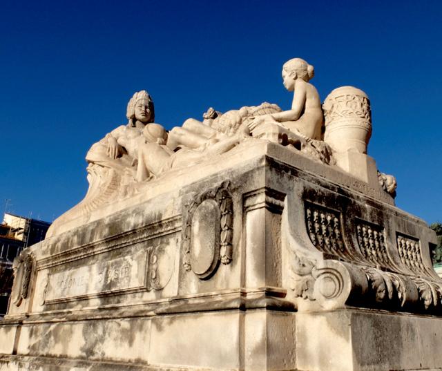 marseille-gare-saint-charles-statue-asia