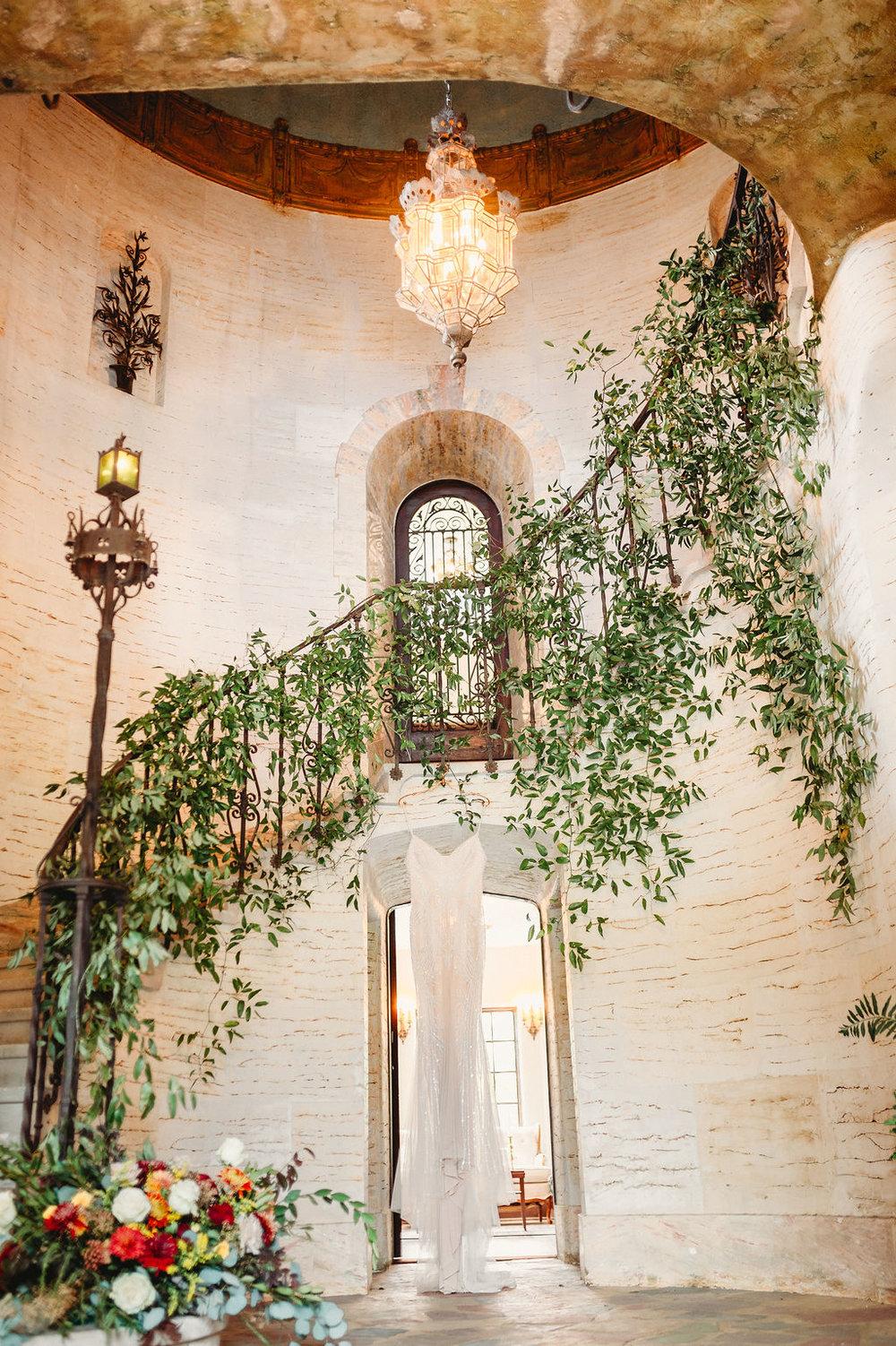 Dewitt-for-Love-Photography-Howey-Mansion-Photos-Wedding-Photographer-17.jpg