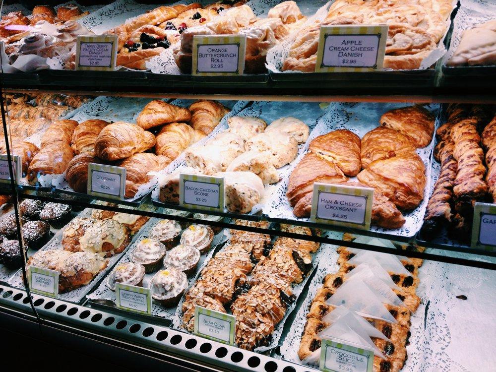 Gayles Pastries