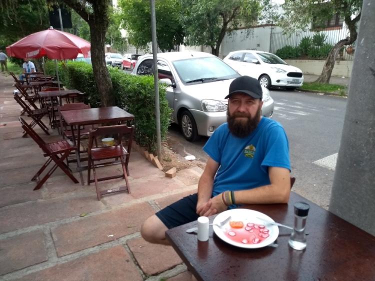 """Alexandre Kohls, o Alemão: """"Um bar precisa ter o dono sempre por perto. Caso contrário, se descaracteriza"""" (Foto/Rua da Margem)"""