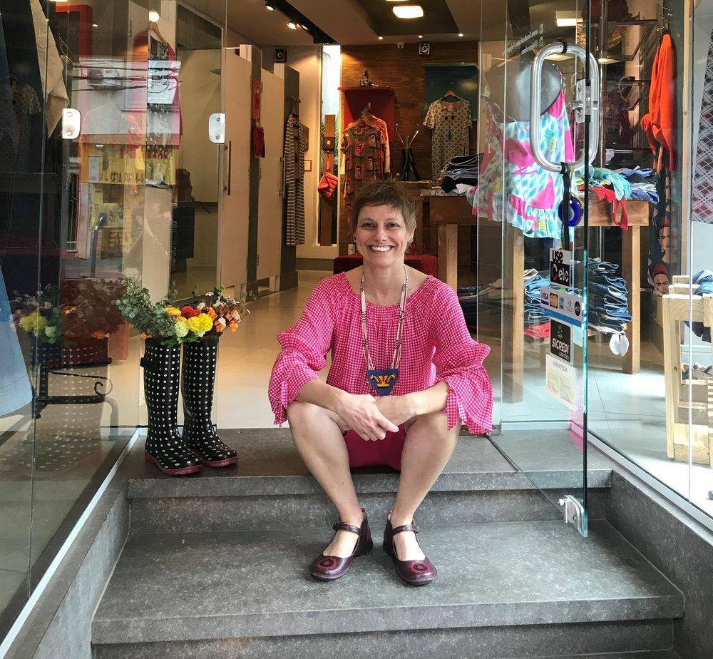 """Simone Moro, criadora da marca: """"As roupas carregam uma emoção e a pessoa que entra na loja sente isso""""(Fotos/Divulgação)"""