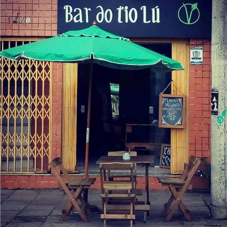 Desde novembro com as portas abertas, o bar da Rua Marcílio Dias pretende mostrar que veganismo não é moda, nem coisa de gente rica (Fotos/Divulgação)