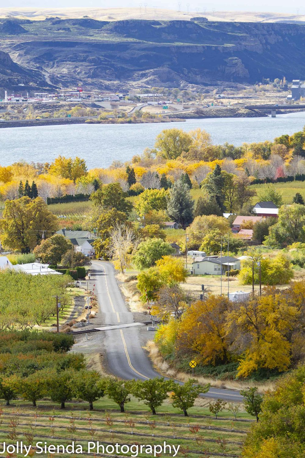 Town of Maryhill at Autumn along the Columbia River Gorge