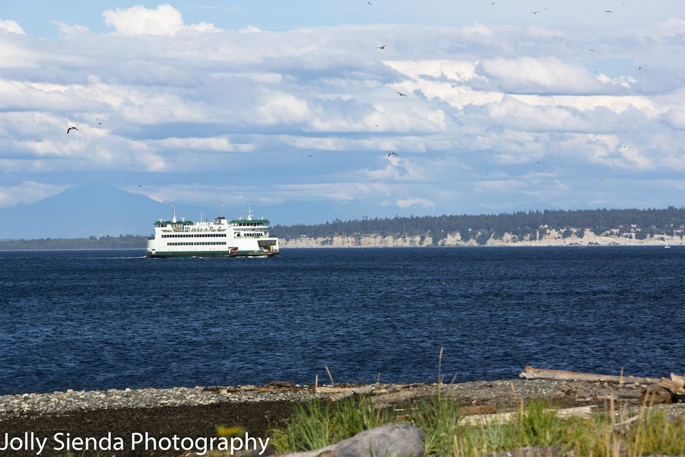 Washimgton State Ferry sails into Port Townsend