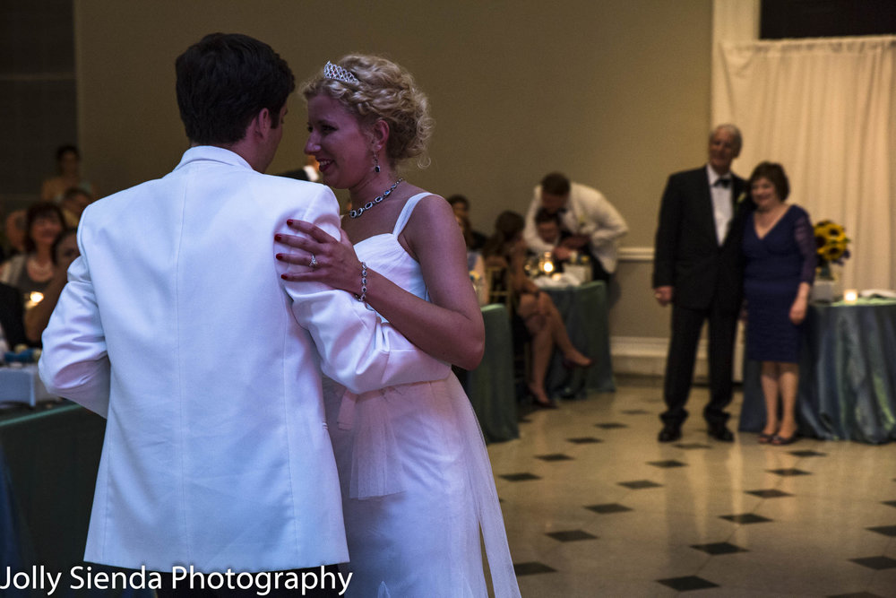 First Dance, wedding reception photography, Tacoma, Washington.