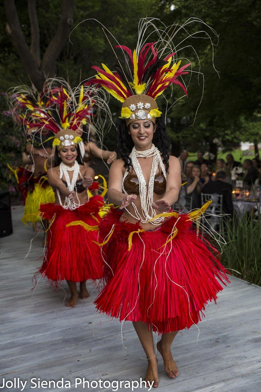 Hawaiin dancers at a wedding reception