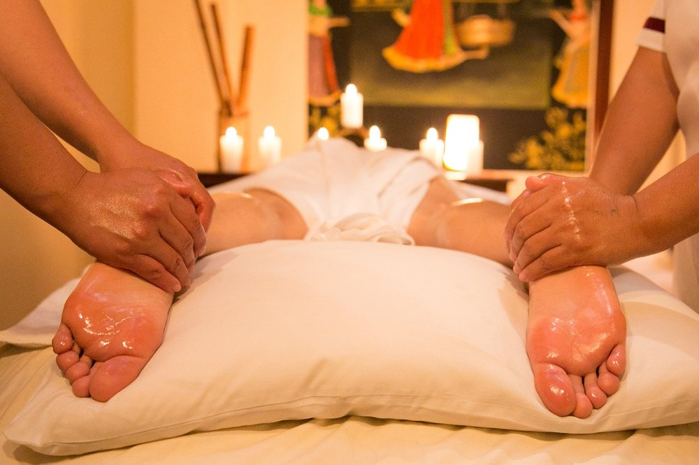 4 Handed Massage - Four-handed massage is a massage where two therapists work on you at the same time, mirroring each others' movements. For example, both your legs or arms are being massaged at the same time.