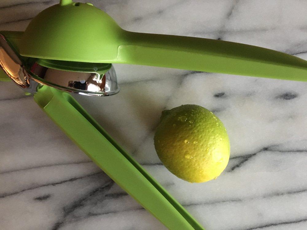 Chef'n FreshForce Citrus Juicer  with 'Bearss' lime