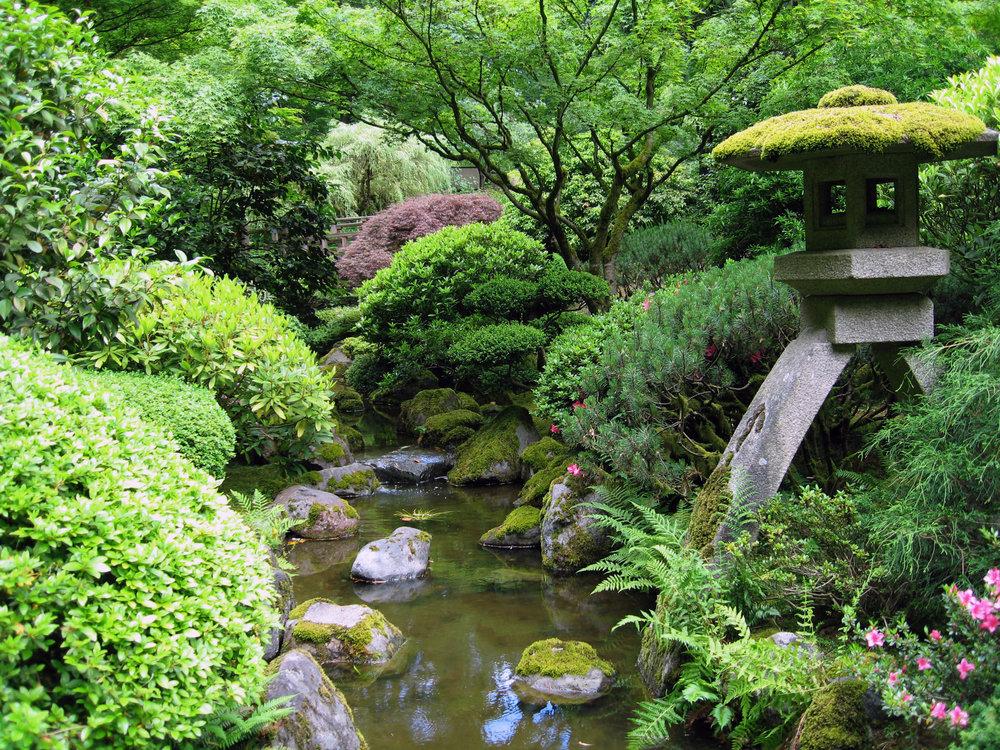Portland_Japanese_garden_creek.jpg