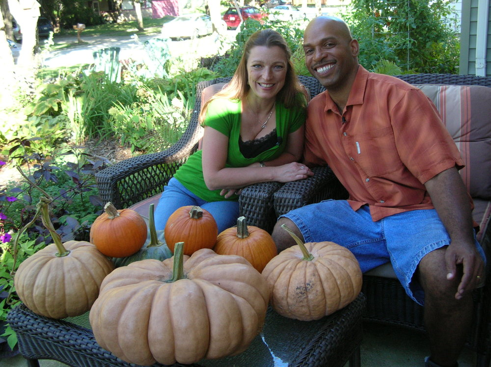 Use Edible Pumpkins and Squashes  - EDIBLE PUMPKINS AND SQUASHES MAKE GREAT HALLOWEEN DECORATIONS. SHOUT OUT TO SHAWNA CORONADO