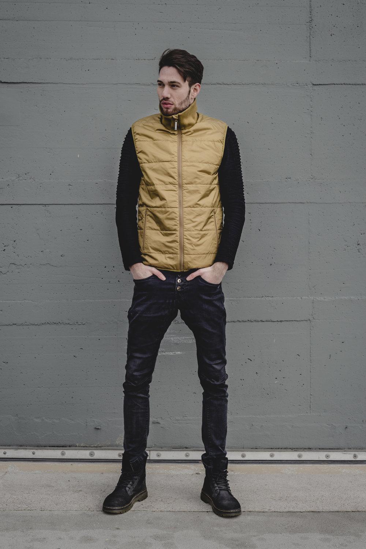 TT_fw2018_jackets_gsx5918.jpg
