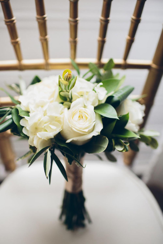 Classic white green bridesmaid bouquet yellow canary floral seanryanwedding 357g izmirmasajfo