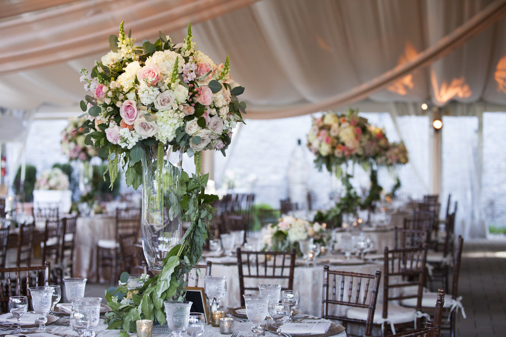 Lush Garden wedding reception at Greenacres in Cincinnati. Florals by Yellow Canary Floral + Event Design.