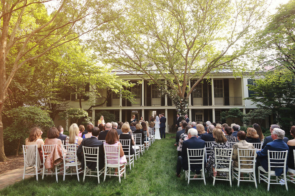 Outdoor spring wedding at Cincinnati's Taft Museum with blue and white florals and Mediterranean greenery. Florals by Yellow Canary www.yellowcanaryonline.com | photo tm photography