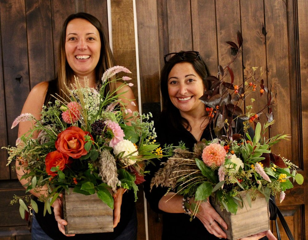 Floral Workshop at the Fig Leaf. Working with fall flowers.