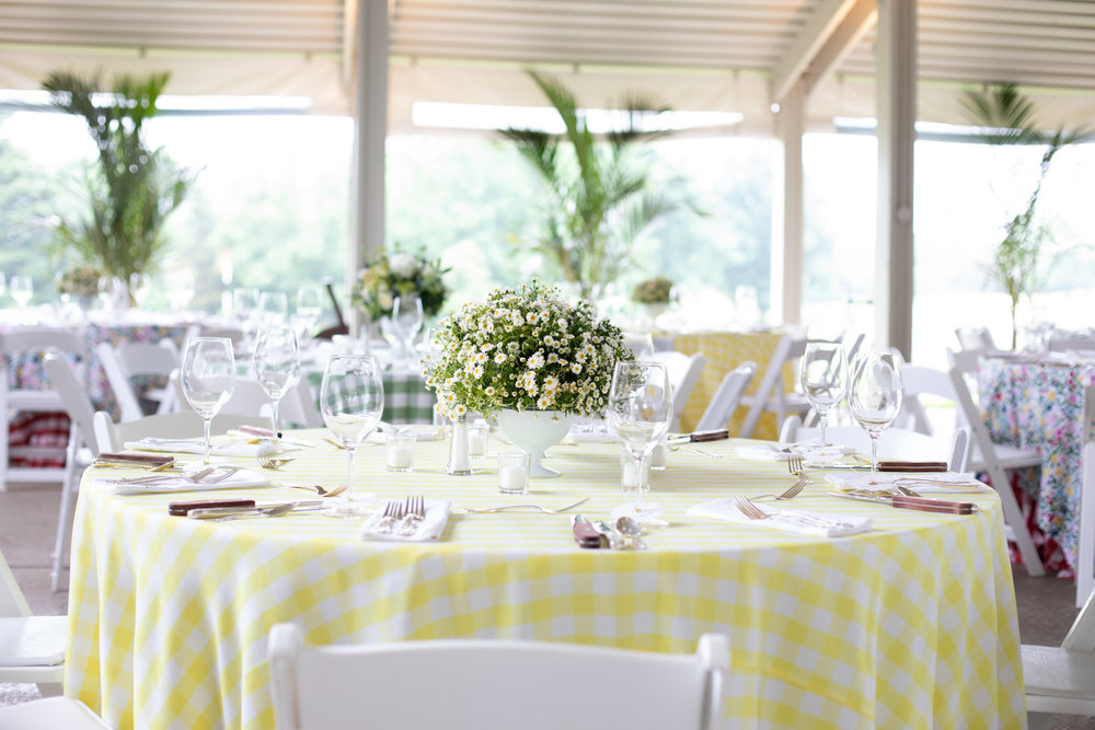 Colorful summer party with white dwarf creeping daisies. Floral design www.yellowcanaryonline.com