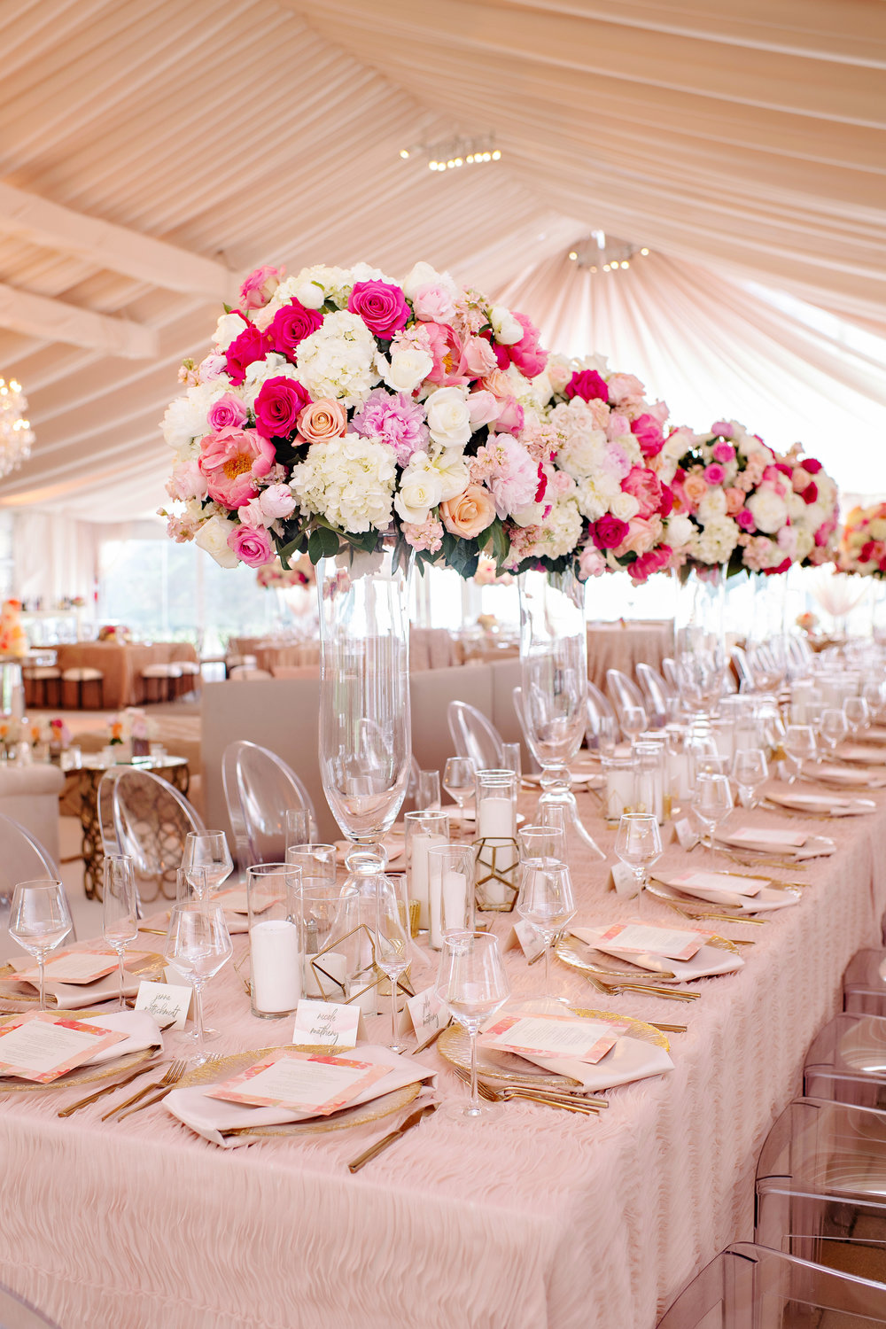 Cincinnati wedding reception at Greenacres Art Center with outdoor tented reception. Florals by Yellow Canary