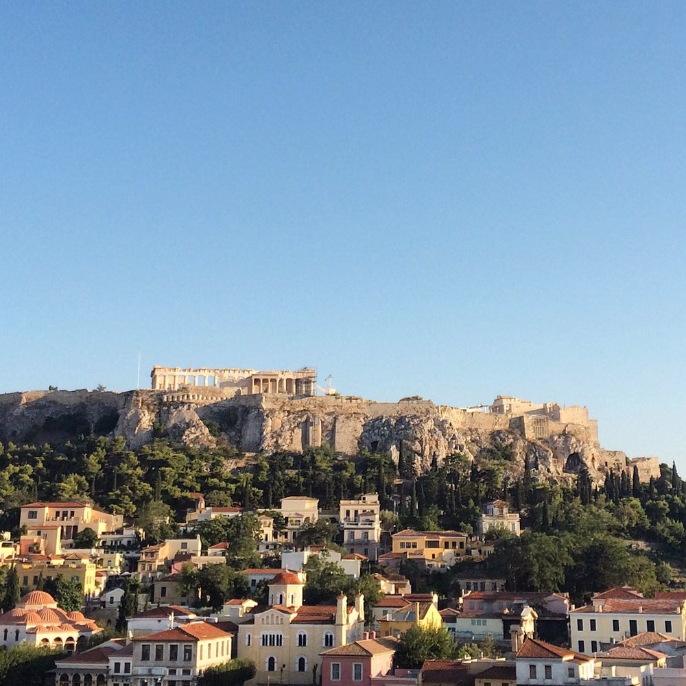 A view over Plaka to the Acropolis