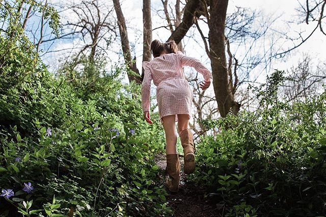 If you go down to the woods today... a sneak peek of today's shoot. 😍  #laurenmcadamphotography #geelongfamilyphotographer #documentaryphotography #madeingtown #familyphotography #shamoftheperfect #candidchildhood #childhoodunplugged #momtog #documentyourdays #inbeautyandchaos #letthekids #inhomephotography #clickinmoms #fearlessandframed #illuminateclasses #documentaryphotography