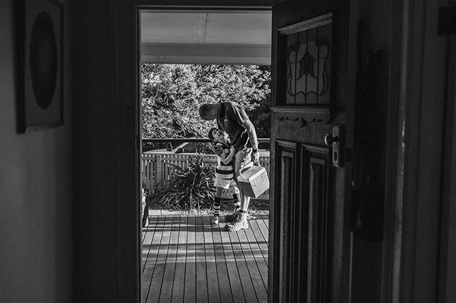 Thought I had better put the 'after' image up 😍 (See yesterday's post)  #daddyshome  #laurenmcadamphotography #geelongfamilyphotographer #documentaryphotography #madeingtown #familyphotography #shamoftheperfect #candidchildhood #childhoodunplugged #momtog #documentyourdays #inbeautyandchaos #letthekids #inhomephotography #clickinmoms #fearlessandframed #illuminateclasses #documentaryphotography