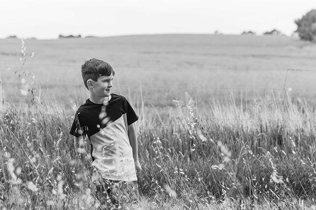 #laurenmcadamphotography #geelongfamilyphotographer #documentaryphotography #madeingtown #familyphotography #shamoftheperfect #candidchildhood #childhoodunplugged #momtog #documentyourdays #inbeautyandchaos #letthekids #inhomephotography #clickinmoms #fearlessandframed #illuminateclasses #documentaryphotography