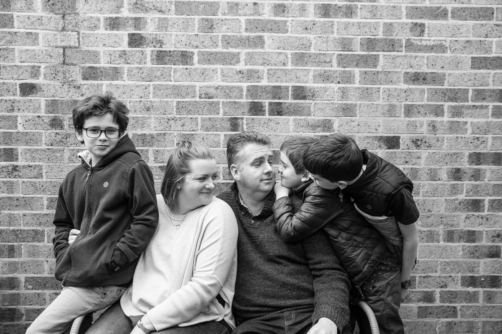A portrait of a Geelong family of five at an in home photography session
