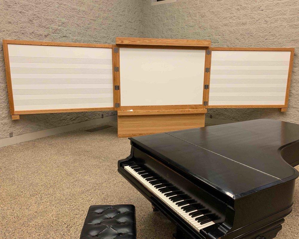 Choir Room -