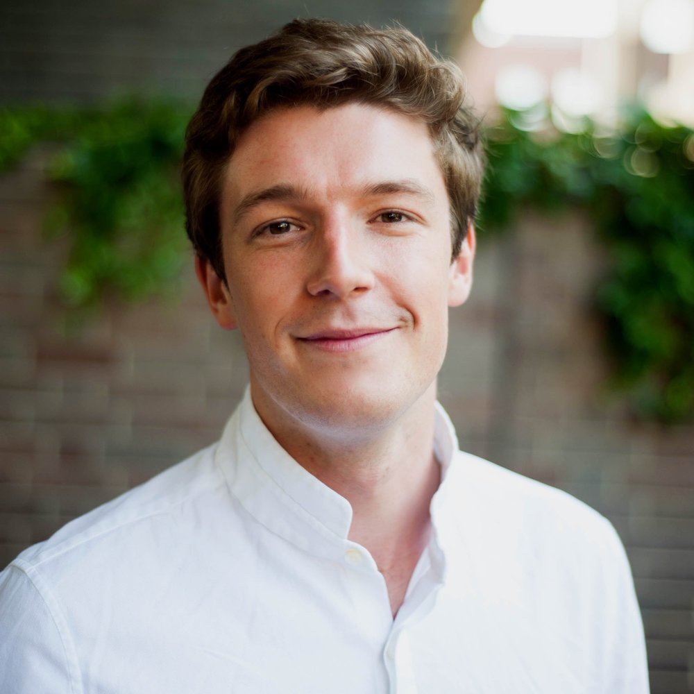 Matt Osman Chief Executive Officer Before co-founding the company, Matthew was the youngest Vice President at a $1 billion structured credit hedge fund in London where he specialized in credit strategies and tax structuring.