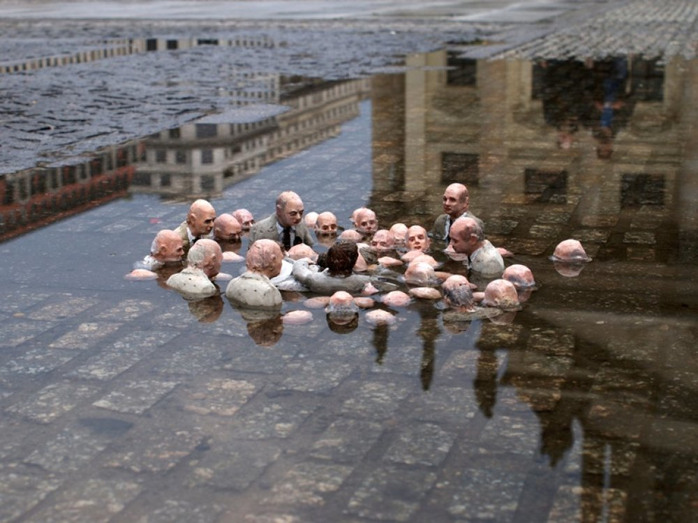 Politicians discussing climate change.