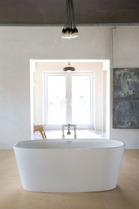 bathtub1-199x300.jpg