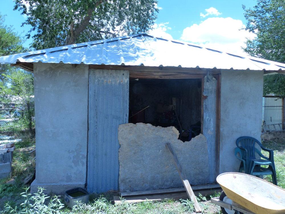 Adobe shed.JPG