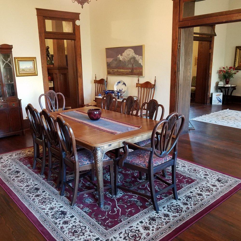 dining room_a.jpg.jpg
