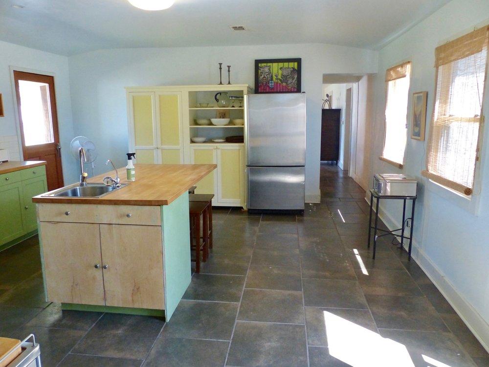 kitchen facing dining.jpg