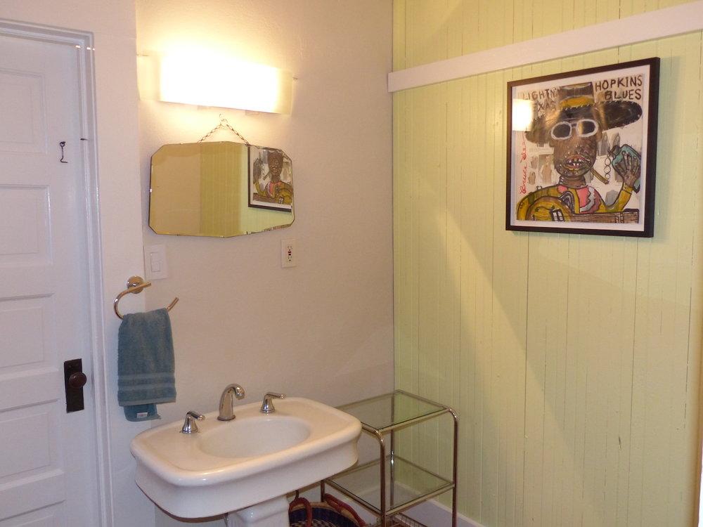 bathroom:painting.jpg