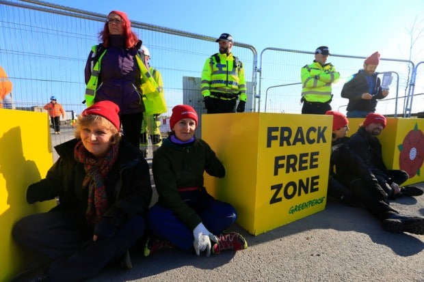 ac9706ad-fracking_greenpeace_peaceful_protest.jpeg