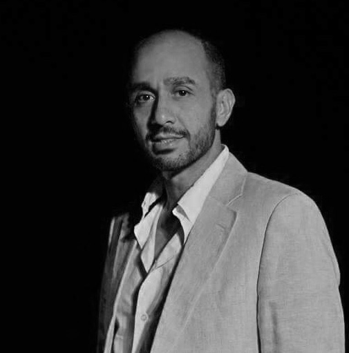 The architect - Amer Sayma brings more than 15 years of experience in Architectural Design to the team. With multiple projects from the Middle East, Eastern Europe and Arabia he has seen many different places and cultures to create unique and one of a kind designs.