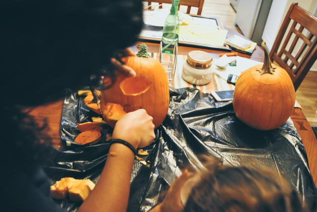 pumpkin carving-29