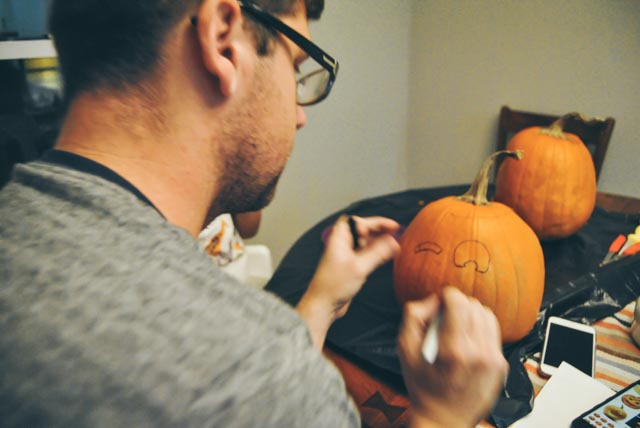 pumpkin carving-36